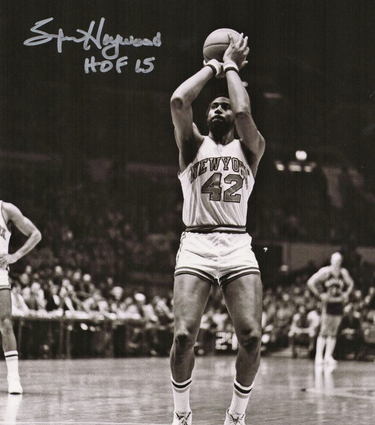 Spencer Haywood taking a shot in his New York 42 jersey