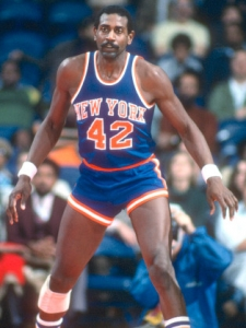 Spencer Haywood on the basketball court in his New York 42' jersey